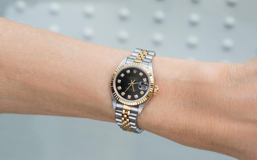 purchase cheap 1d6ff 1c160 美女と時計/第6回『ロレックスを身に着けた笑顔が素敵な女性 ...