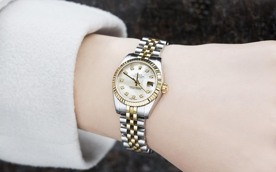 buy cheap f9e69 60592 美女と時計/第20回『ロレックスを着けた素敵な女性』 | 高級 ...