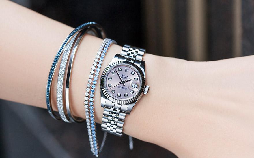 size 40 3c64e 963ab 美女と時計/第40回『ロレックスを着けた女性』 | 高級腕時計 ...