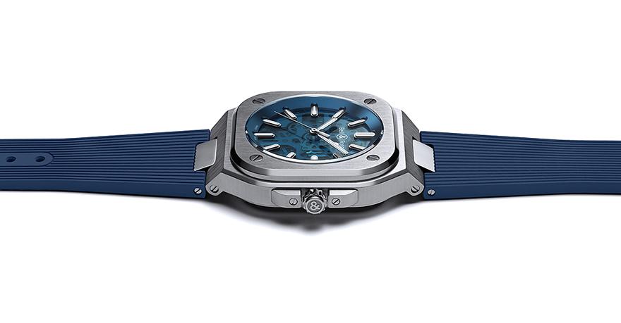 BR 05 スケルトン ブルー