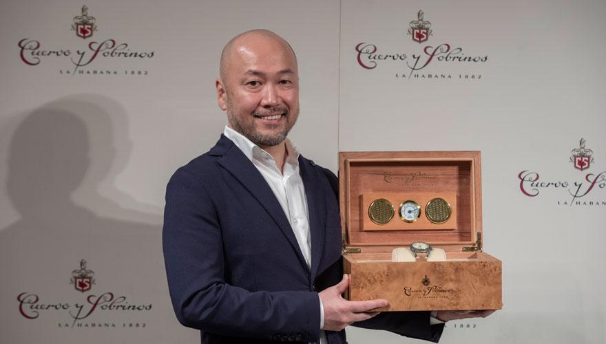 クエルボ・イ・ソブリノス ラティーノ JAPAN賞